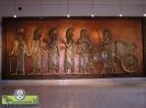 کتیبه دیواری حجمی باستانی هدیه آور - 2 متری