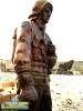 تندیس و مجسمه شهری آتش نشان و ایثار در کنار هم